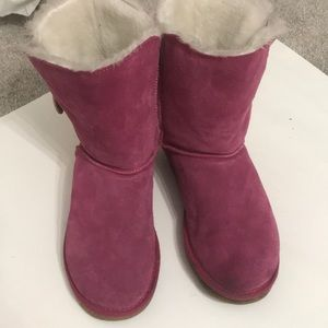 Ugg boot size 10 pink in Excellent shape